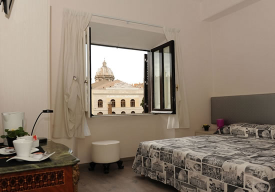 Temple View Guest House - Rome
